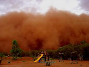 Fregon-dust-storm-3